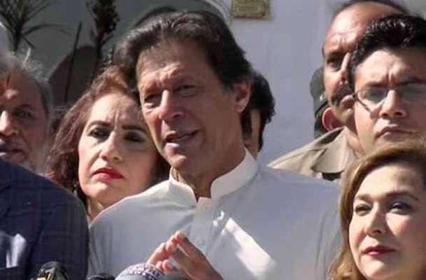 نگران وزیراعظم  کے لیے رزاق داؤد کا نام ، عمران خان خود ان کے اسکیںڈلز ..
