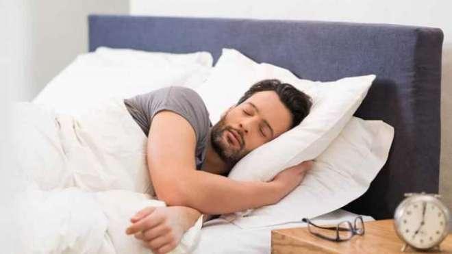7گھنٹے سونے والے نوجوان بہتر تعلیمی کارکردگی کا مظاہرہ کرتے ہیں، طبی ..