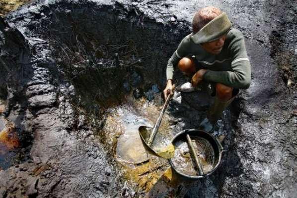ٹرمپ کے ایران ڈیل ختم کرنے سے خام تیل 2 فیصد مہنگا ہوگیا