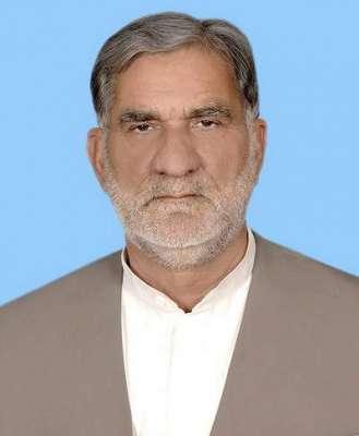 تحریک انصاف نے فیصل آباد میں جعلی ڈگری ہولڈر اور پاکستان ایئر فورس ..