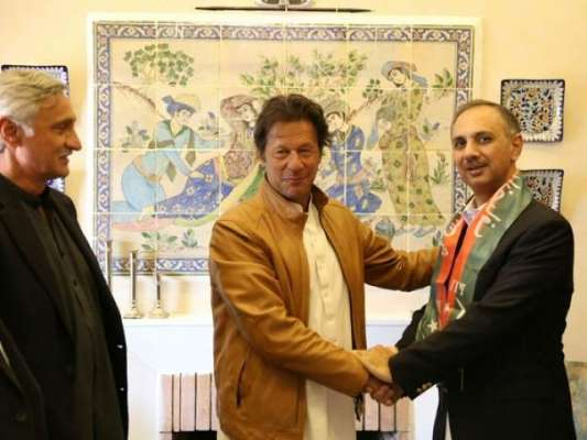 سابق وزیر مملکت عمر ایوب خان نے (ن) لیگ چھوڑ دی ، تحریک انصاف میں شامل