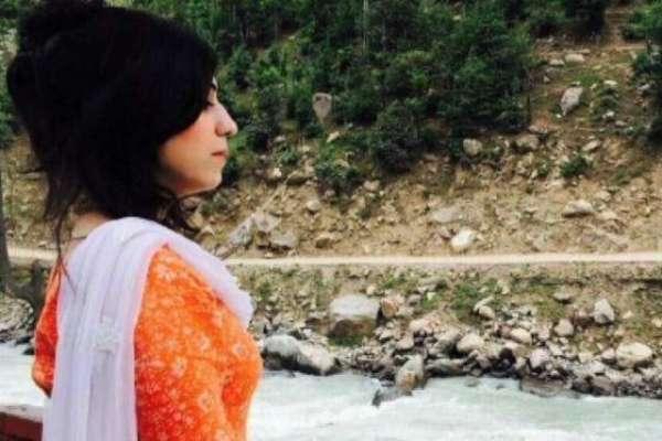 پشاور میں آئس نشے کی عادی لڑکی پراسرار طور پر قتل ہو گئی