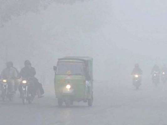 پنجاب میں پھر دھند کا راج ہے، فروری میں بھی شدت کم نہ ہوسکی