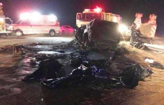سعودی عرب؛المناک ٹریفک حادثہ،ایک ہی خاندان کے 3جاں بحق،3زخمی