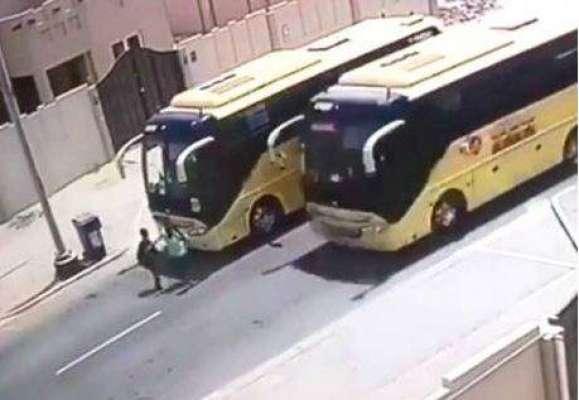 متحدہ عرب امارات، سکول بس کے ڈرائیور کو انسانی جانوں کو خطرے میں ڈالنا ..