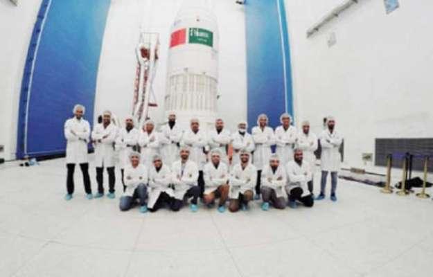 سعودی عرب 2 مصنوعی سیارے کل فضا میں بھیجے گا