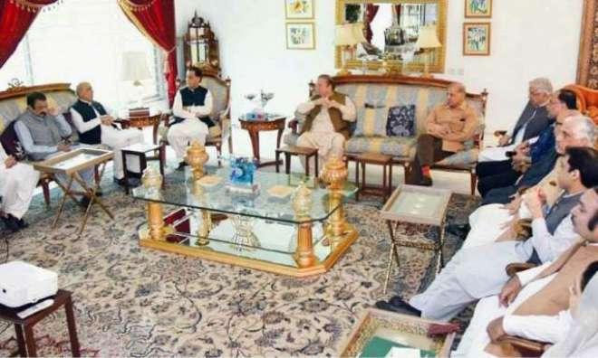 مسلم لیگ( ن) کا چیئرمین نیب کے خلاف قانونی چارہ جوئی کا فیصلہ