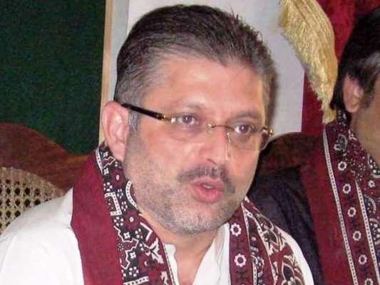شرجیل میمن کی سندھ اسمبلی کے بجٹ اجلاس میں بیساکھی کے سہارے شرکت