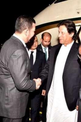 وزیر اعظم عمران خان کا ملائشیا پہنچنے پر تاریخی استقبال