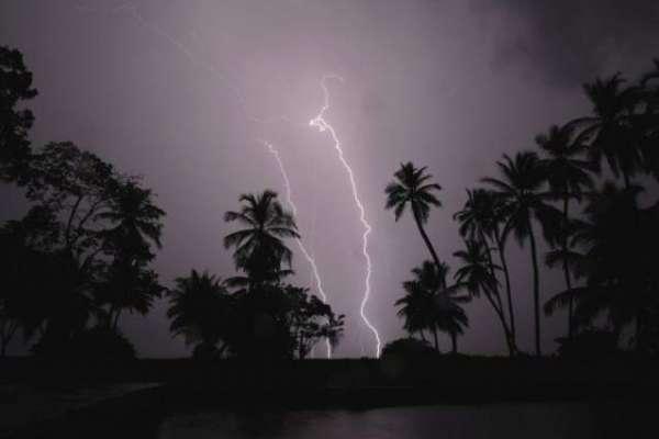 پاکستان شدید طوفان کی لپیٹ میں آنے والا ہے