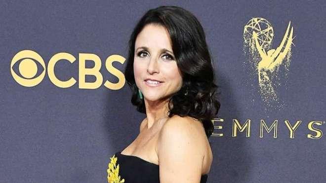 اداکارہ جولیا لوئیس ڈریفس کو''مارک ٹوئن ایوارڈ فار امریکن ہیومر ''دیا ..
