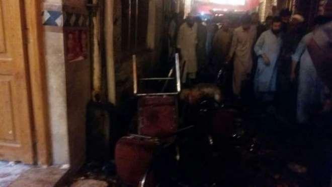 پشاور میں اے این پی کے جلسے میں خود کش بم دھماکہ، ہارون بلور شہید
