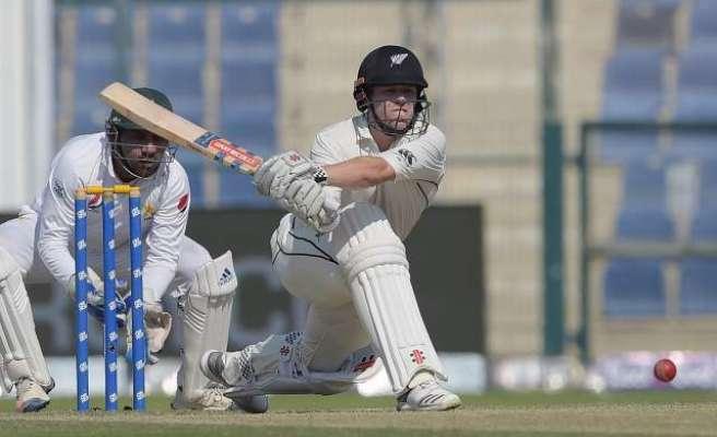 ابوظہبی ٹیسٹ:پاکستان کو سیریز جیتنے کے لیے 280رنز ہدف مل گیا