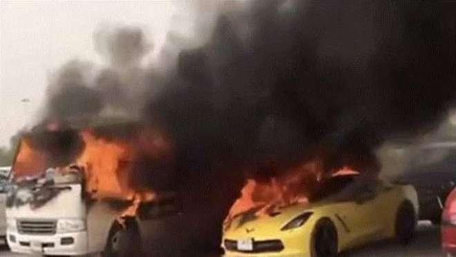 دبئی مال کے باہر 11 گاڑیوں میں لگنے والی آگ حادثہ نہیں تھا