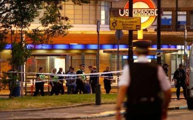 لندن کے زیرزمین ریلوے اسٹیشن میں دھماکا، پانچ افراد زخمی