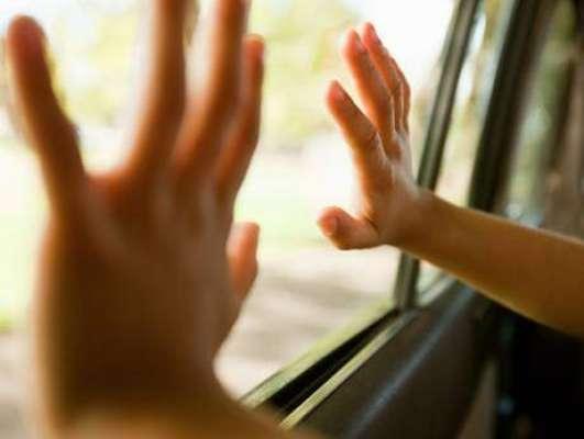 دُبئی:دُبئی والے بچوں کے معاملے میں انتہائی لاپرواہ ہو گئے
