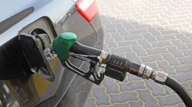 بحرین:ڈرائیوروں کو ماہانہ سو لٹر پٹرول مفت دینے کا منصوبہ زیر غور