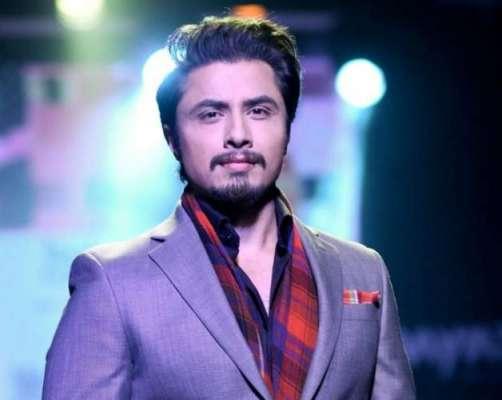 گلوکار و اداکار علی ظفر 38برس کے ہو گئے ،