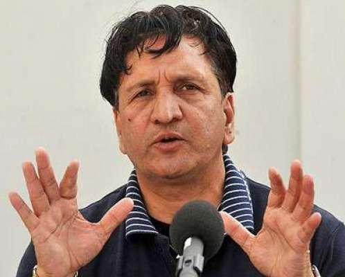 مکی آرتھر نے پاکستان کی کرکٹ کو تباہ رکرکے رکھ دیا ہے ، عبدالقادر