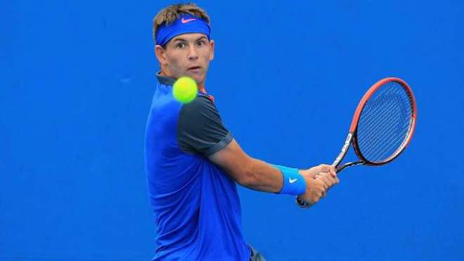 امریکی ٹینس کھلاڑی ڈونلڈسن ٖغلط فیصلہ دینے پر کورٹ پر ہی ایمپائر پر ..