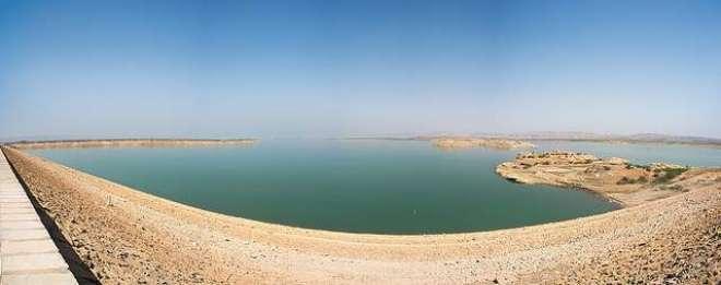 حب ڈیم سوکھنے کے باعث کراچی کو یومیہ 9 کروڑ گیلن پانی کی کمی کا سامنا
