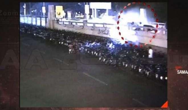 نیو ائیر نائٹ پر ناکے پر کھڑے پولیس اہلکاروں کو ٹکر مارنے کا معاملہ