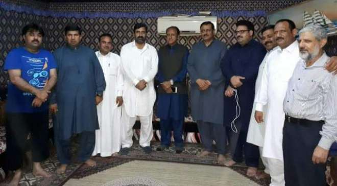 سینئر رہنما مسلم لیگ ن مجاہد ندیم رامے کی طرف سے سحری کا اہتمام کیا ..