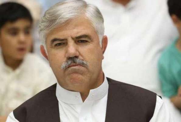 وزیراعلیٰ خیبرپختونخواہ کو سوات میں منعقدہ تقریب کے بعد فوجیوں کے ..