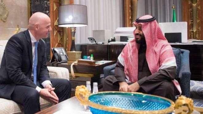 فیفا کے سربراہ جیانی انفاٹینو کی جدہ میں سعودی ولی عہد سے ملاقات