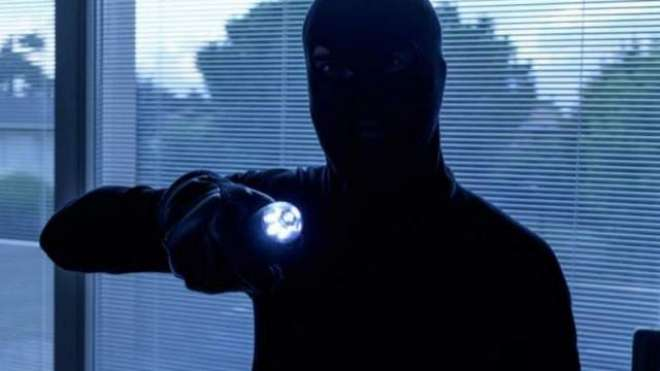 دُبئی: خاتون سیکیورٹی گارڈ پچاس لاکھ اماراتی درہم کی چوری کی ماسٹر ..