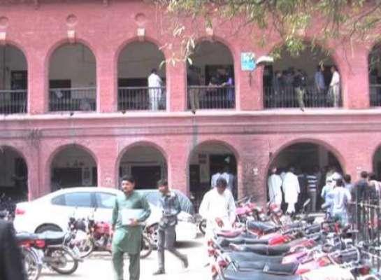 سیشن کورٹ لاہور میں فائرنگ،دو وکیل جاں بحق