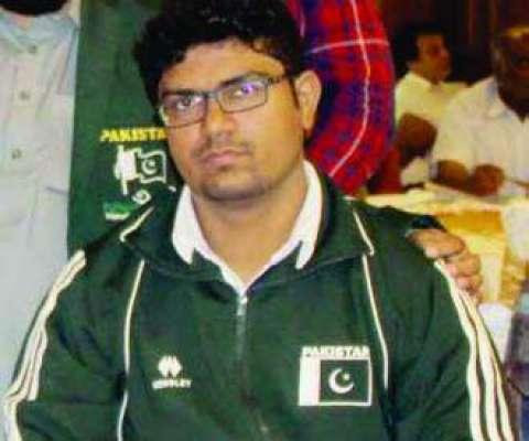 کراچی کے غریب ویلڈر کا بیٹا 26 ورلڈ ریکارڈز کا مالک بن گیا