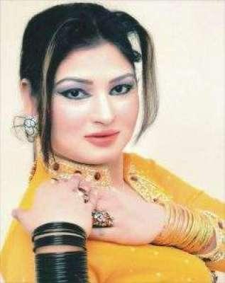 معروف اداکارہ  نے رمضان میں ڈبل معاوضہ پر بھی ڈراموں میں کام سے انکار ..