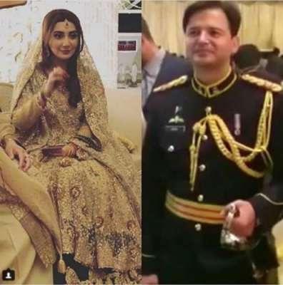 اداکارہ عائشہ خان کے شوہر میجر عقبہ ملک ولیمے میں اپنے یونیفارم میں ..