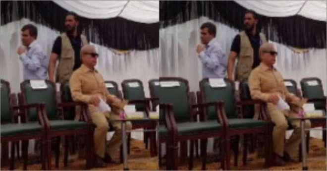 وزیر اعلیٰ پنجاب شہباز شریف کو چنیوٹ میں انتہائی بے عزتی کا سامنا