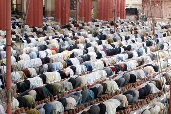 اسلام آباد،چور نے مسجد میں نماز پڑھنے والے کو بھی نہ بخشا