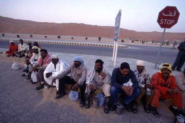 سعودی حکومت نے مزید تین سو پچاس پاکستانیوں کو بے دخل کر دیا