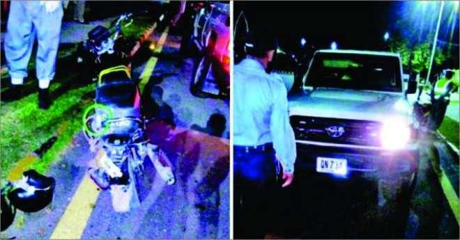 امریکی سفارتکار کی گاڑی سے موٹر سائیکل کی ٹکر ، پولیس نے موٹر سائیکل ..