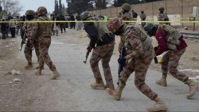 کوئٹہ ،ْ نامعلوم مسلح افراد کی سیکیورٹی فورسز کی گاڑی پر فائرنگ سے ..