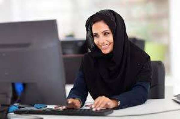کاروباری خواتین کو مختلف بزنس سے متعلق تربیت دینے کیلئے تربیتی سیشن ..