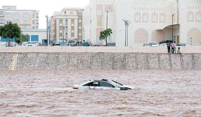 عمان میں سمندری طوفان میکونو کے سبب 11 افراد کی ہلاکت کی تصدیق