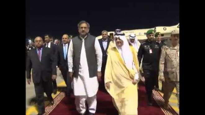 وزیراعظم پاکستان شاہد خاقان عباسی ، چیف آف آرمی سٹاف جرنل قمر جاوید ..