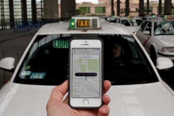 سندھ حکومت کا آن لائن ٹیکسی سروسز پر پابندی عائد کرنے کا فیصلہ