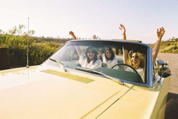 سعودی خواتین ڈرائیورز کی حوصلہ افزائی کے لیے گانا ریلیز کر دیا گیا