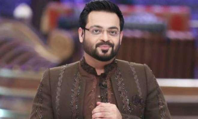 پی ٹی آئی رہنما عامر لیاقت حسین اور اداکار حمزہ علی عباسی کے درمیان ..