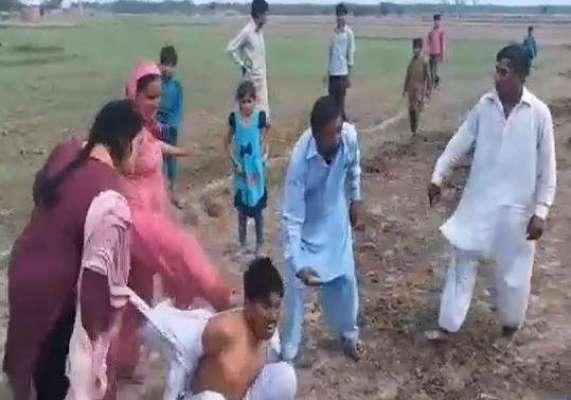 اہل علاقہ نے آٹھ سالہ بچی زیادتی کی مبینہ کوشش کرنے والے ملزم کو دھر ..