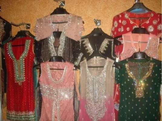 ضلعی انتظامیہ کرک نے ٹیلرز ماسٹر کے لئے کپڑوں کی سلائی کے نئے نرخ مقرر ..