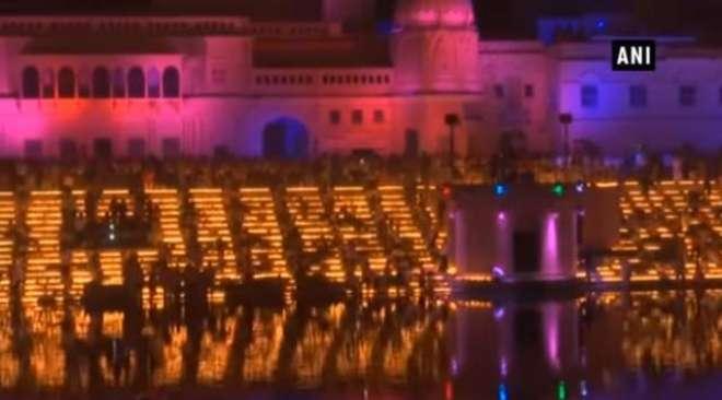 دیوالی کی تقریب میں 301,152 دئیے روشن۔ نیا عالمی ریکارڈ بن گیا
