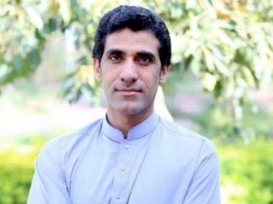 وزیرا عظم عمران خان کی تقریب حلف برداری ،قریبی عون چودھری غائب