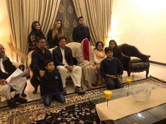 چیئرمین پاکستان تحریک انصاف عمران خان نے تیسری شادی کر لی